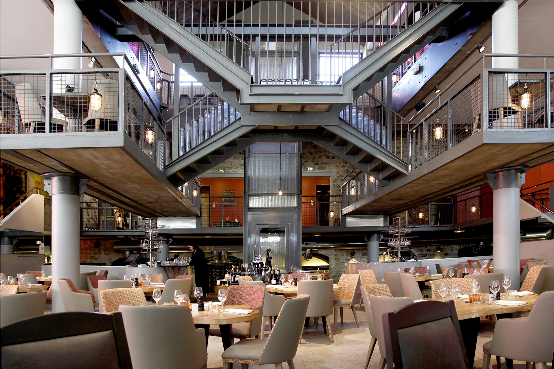 bar perch chai 33 restaurant bar cave vin paris. Black Bedroom Furniture Sets. Home Design Ideas